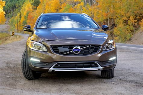 2017 volvo v60 cross country drive