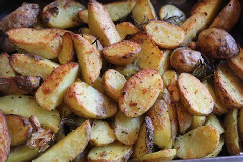 wann pflanze ich kartoffeln wie pflanze ich kartoffeln wann muss ich die kartoffeln