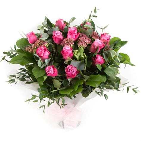 Gift Letter Ellie Mae Dozen Stemmed Pink Roses Ellie Mae Florists Benfleet