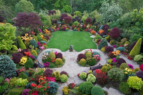 Four Seasons Garden The Most Beautiful Home Gardens In Most Beautiful Flower Gardens