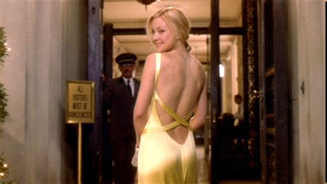how to lose a guy in 10 days bathroom cele bitchy kate hudson in versace for something