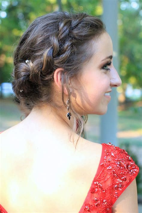 hairstyles girls com rope twist updo homecoming hairstyles cute girls