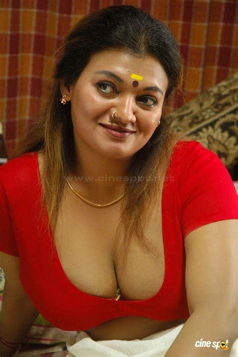 film malaysia hot thiruttu sirukki tamil movie actress hot sexy spicy masala