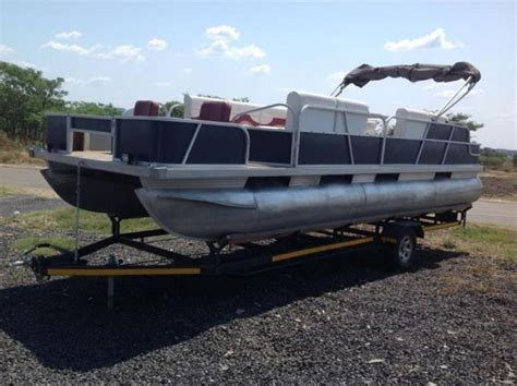 pontoon boats for sale 25 best ideas about used pontoons for sale on pinterest