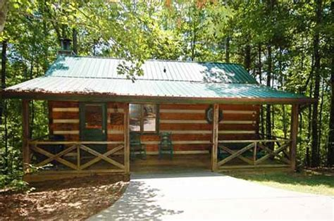 one bedroom cabins in pigeon forge tn mountain memories 1 bedroom vacation cabin rental in pigeon forge tn
