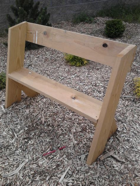 easy benches to build easy to build bench natural playground ideas pinterest