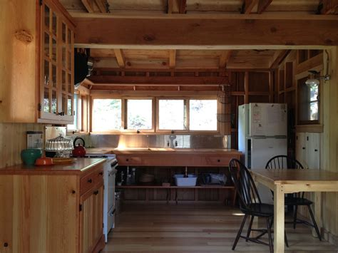 cabin kitchens 25 best ideas about cabin kitchens on small rustic cabin kitchens www imgkid the image