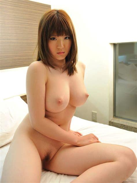 foto model jepang seksi berfoto telanjang bulat memek ngangkang koleksi foto bugil hot