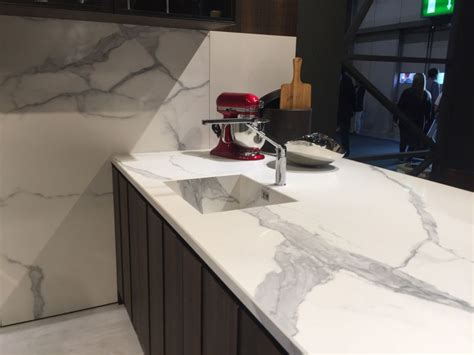 decorating with carrara marble what you should and why