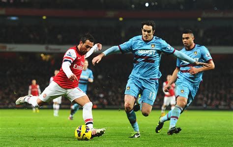 arsenal west ham arsenal score four goals in 10 minutes to blitz west ham 5