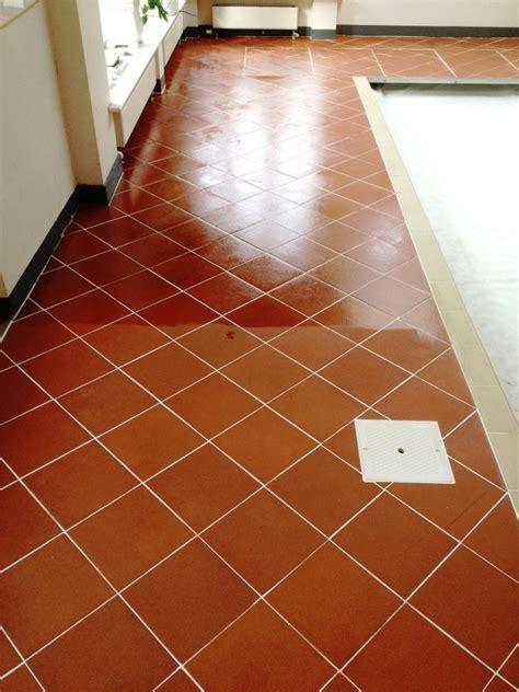 tile floor maintenance polishing quarry tiles tile design ideas