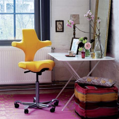 altezza sedia scrivania idee scrivania ricavare l angolo studio perfetto per i