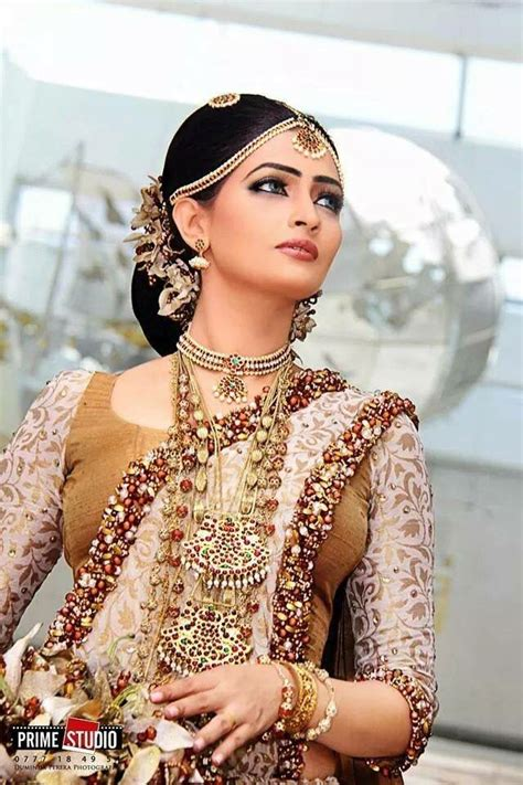 hairstyles for sarees in sri lanka 17 best images about sri lankan brides on pinterest