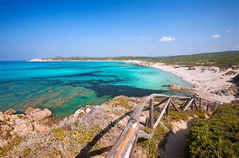 sulla spiaggia sardegna sardegna 10 spiagge da vedere vicino santa teresa di