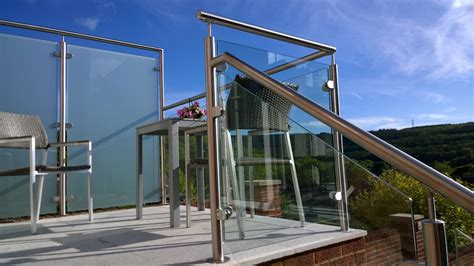 glass banister uk balustrades