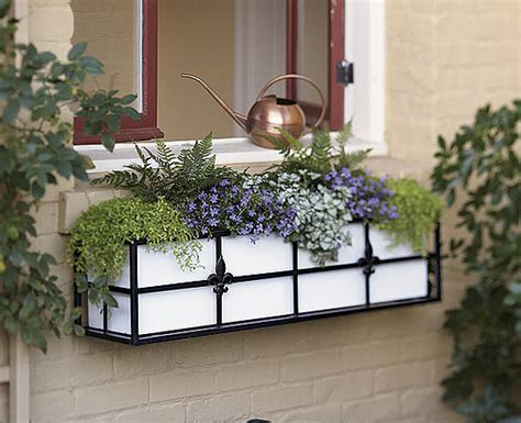 creative window box flower ideas - Window Flower Box Design