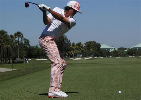 rickie fowler swing sequence swing sequence rickie fowler 2013 golfmagic