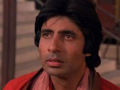biography of movie coolie how amitabh bachchan s fans embarrassed him on his