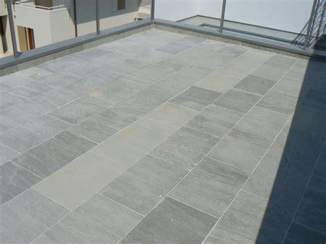kandla grey sandstone tile
