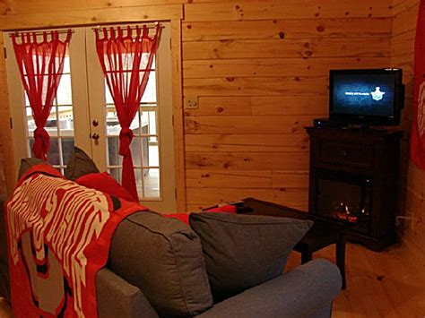 lazy cabins buckeye bungalow photo 3