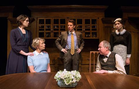 Ar Gurney The Dining Room by Soulpepper Play Balances Nostalgia With Honesty Toronto Star