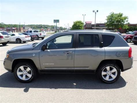 2012 Jeep Compass Latitude Find Used 2012 Jeep Compass Latitude In 250 Broad St New