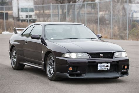 1999 nissan skyline gtr r33 right drive