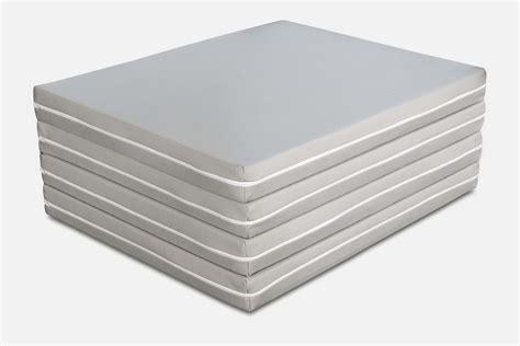 pouf materasso futon pouf materasso singolo e matrimoniale salvaspazio