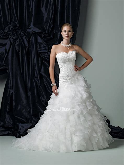 organza ball gown wedding dress with ruffles sang maestro