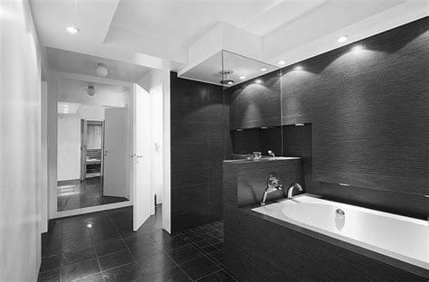 Black And White Modern Bathroom Appealing Black White Bathroom Applied For Modern Bathroom On Tiled Flooring Completed With