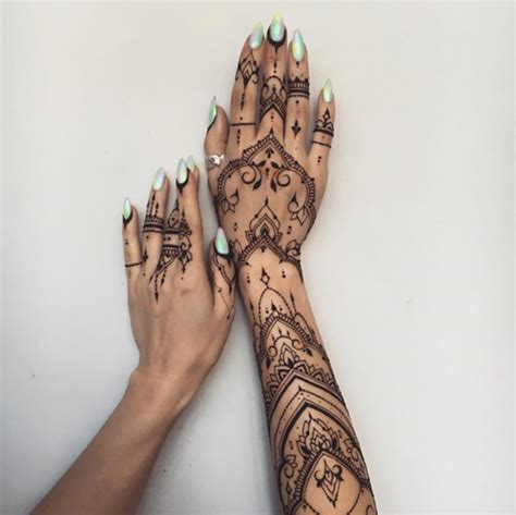 36 Perfect Mehndi Tattoo Designs by Veronica Krasovska   TattooBlend