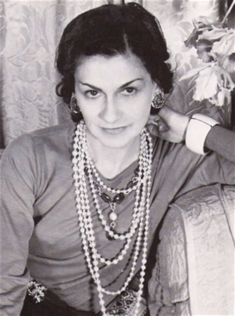 biography coco chanel wikipedia biography of coco chanel gabrielle bonheur chanel