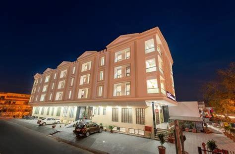 regency speisesaal hotel yash regency bewertungen fotos preisvergleich
