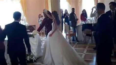 musica ingresso sposi ristorante ingresso degli sposi al ristorante villa sirio musi