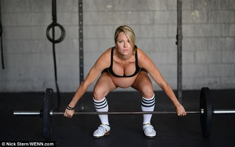 Kaos Legends Are Born In July 4 Wanita Cewek Tkt Taf86 crossfit why are thousands of alpha obsessed with the workout daily mail