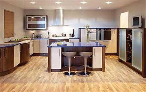 Wie Plane Ich Eine Küche by Wohnzimmer Regale Design