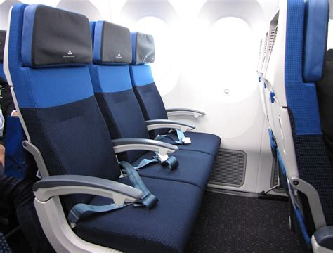 klm economy comfort seat review review of klm flight from amsterdam to amsterdam in business