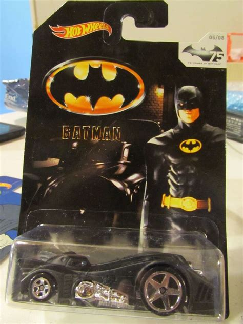 Diecast Hotwheels Batman The Bat Ah118 wheels batman batmobile black ebay