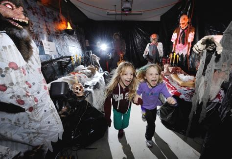how to make a haunted house haunted houses in vancouver 2015