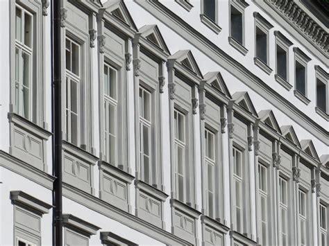 Was Kostet Fassadenanstrich by Fassade Streichen Haus Streichen Malerkosten Pro M2