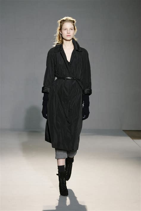 Fashion Week Fall 2007 by Farhi At Fashion Week Fall 2007 Livingly