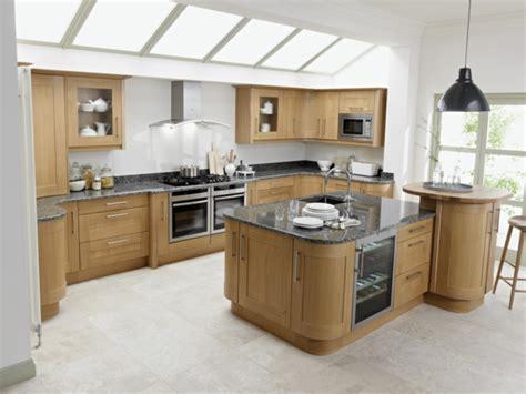kitchen with big island matt n surrella s taste k 252 cheninsel f 252 r eine gut organisierte und gem 252 tliche
