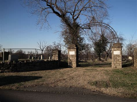 west marine nashville 12 cemeteries in tennessee that will give you goosebumps