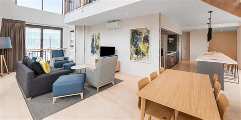 2 bedroom accommodation auckland adina apartment hotel britomart auckland official site