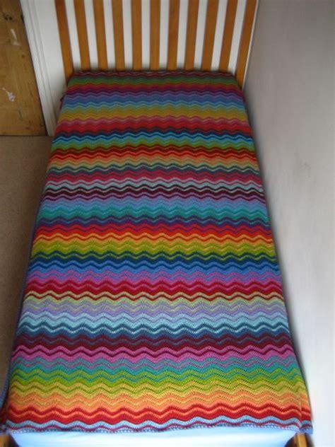 interlocking crochet zig zag pattern 250 best crochet ripple chevron zig zag afghans 1