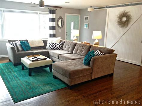 Teal Carpet Living Room Pin By Leigha 241 A Garcia On Home Deocor