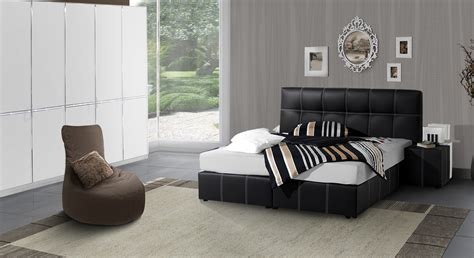 schlafzimmer mit polsterbett komplett komplett schlafzimmer mit kunstleder boxspringbett athen