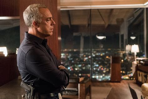 titus welliver as harry bosch bosch your unofficial character guide fan fest for