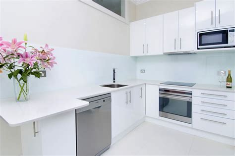 kitchen remodel designs white splashback