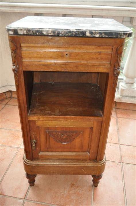 Table De Nuit Ancienne by Troc Echange Table De Chevet Ancienne Dessus Marbre Sur